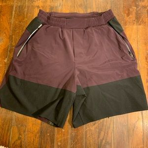 "LuLulemon ""switch up"" men's shorts• size small"